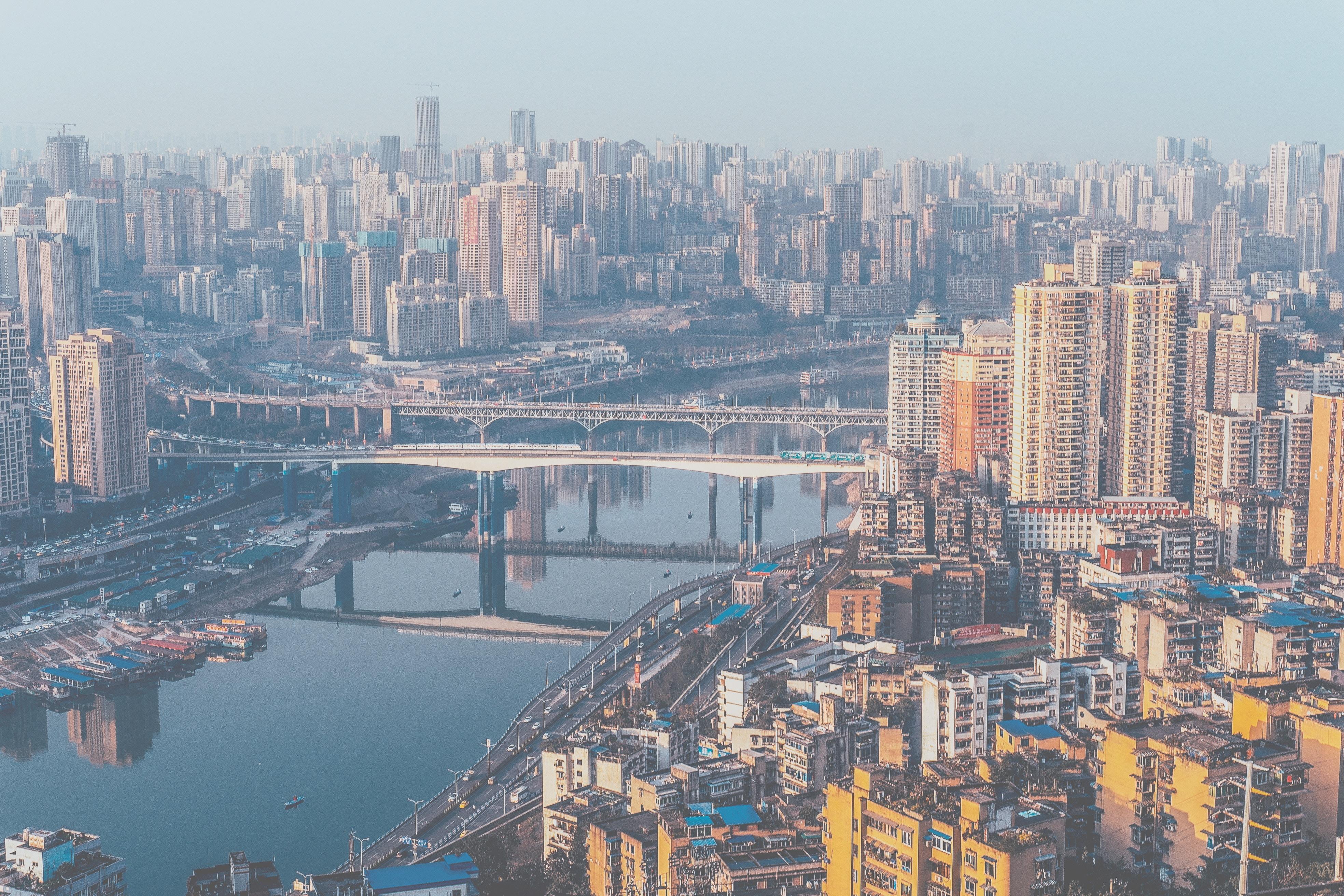 中国和美国二线城市人民谁更幸福?