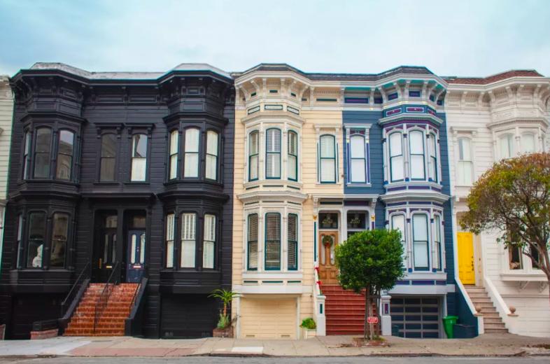 房屋估价比成交价低很多, 可以还价或反悔吗?
