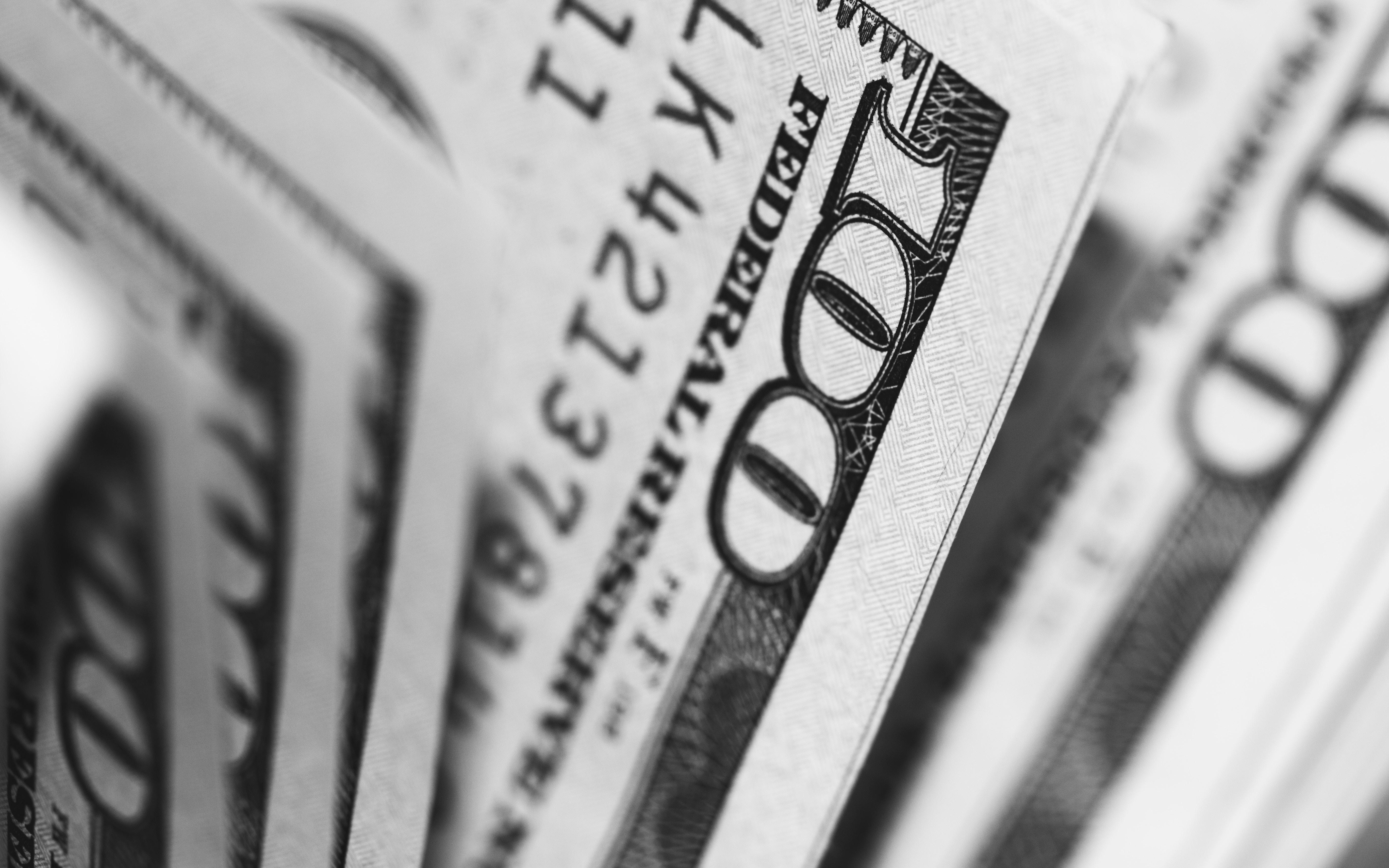 美国国籍在中国工作,收入如何缴税?